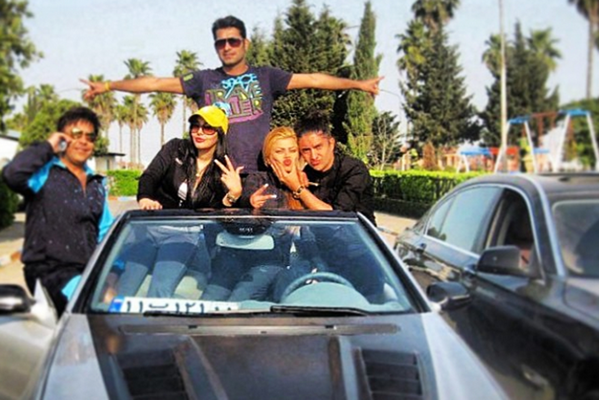 богатые иранцы фото учетом эпидемиологической ситуации